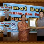 limo_bus_po_sumber_alam_20100327_1187225987