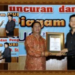 limo_bus_po_sumber_alam_20100327_1305594100